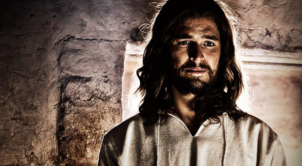 Son-of-God-Diogo-Morgado-Jesus-cave-Facebook
